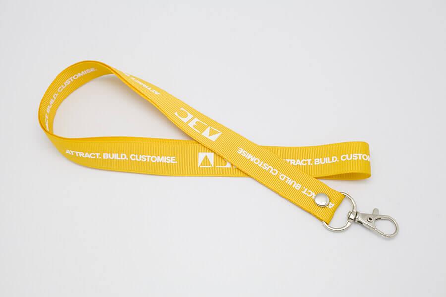 Желтая лента для бейджа «ABC»